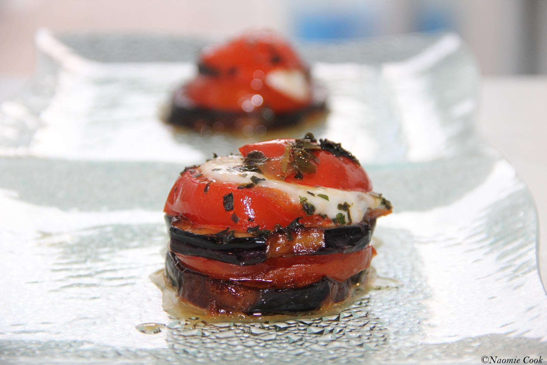 Millefeuille d aubergines tomates et mozzarella gratin for Entree chaude simple